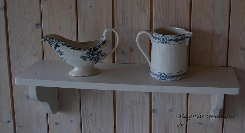 französische Keramik im Pavillon