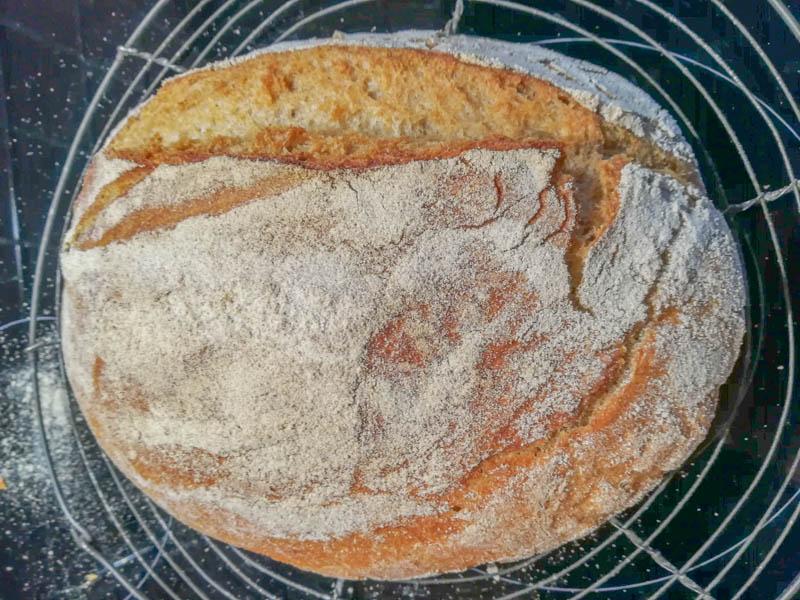 Brot auskühlen lassen