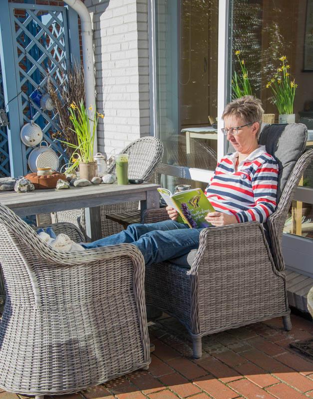 Mittagspause im Februar auf der Terrasse