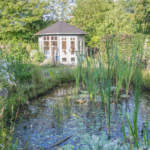 Pavillon am Teich