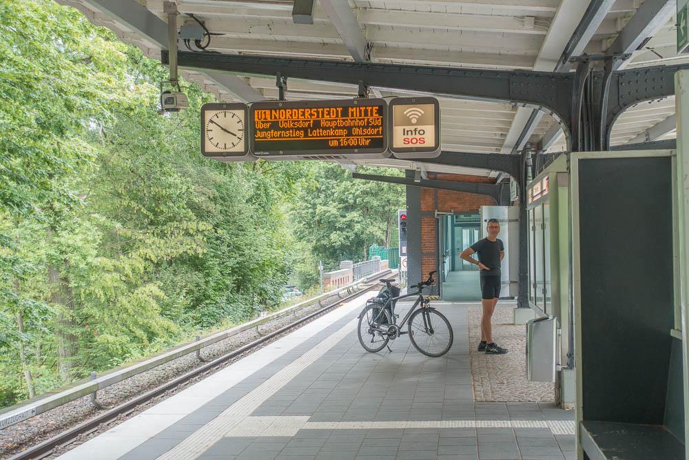 an der U-Bahn-Endstation Ohlstedt